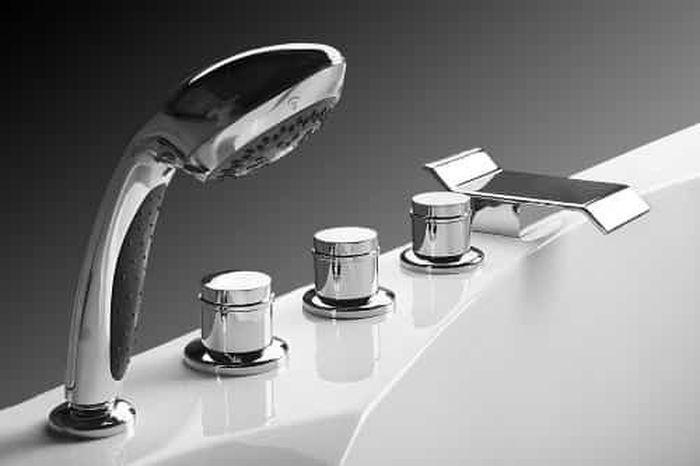 купить врезной смеситель на ванну